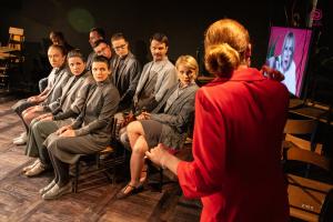 """""""Szkoła""""   Teatr Młyn   Foto: R. Latoszek"""